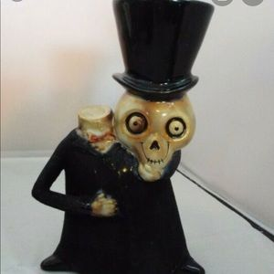 Boney Bunch Headless Skeleton